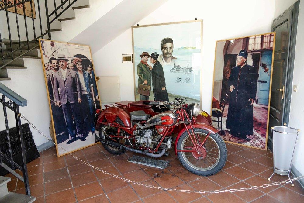 """Museo  """"Peppone e Don Camillo"""" . Foto di Valerio Greco"""