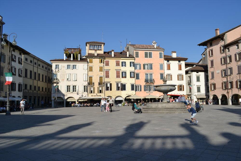 Piazza Matteotti, Udine. Foto di Greta Cinalli