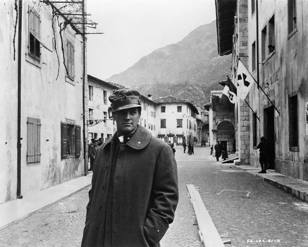 Rock Hudson in  Addio alle armi  (1957) di Charles Vidor - Venzone (Ud)