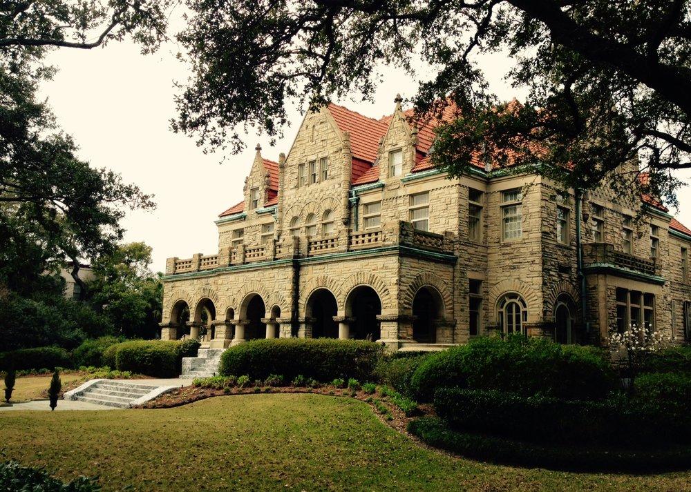 Brown-Villere Mansion, St. Charles Avenue, New Orleans. Foto di  La Mc Musa