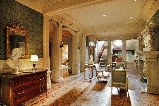 Brown-Villere Mansion, St. Charles Avenue, New Orleans