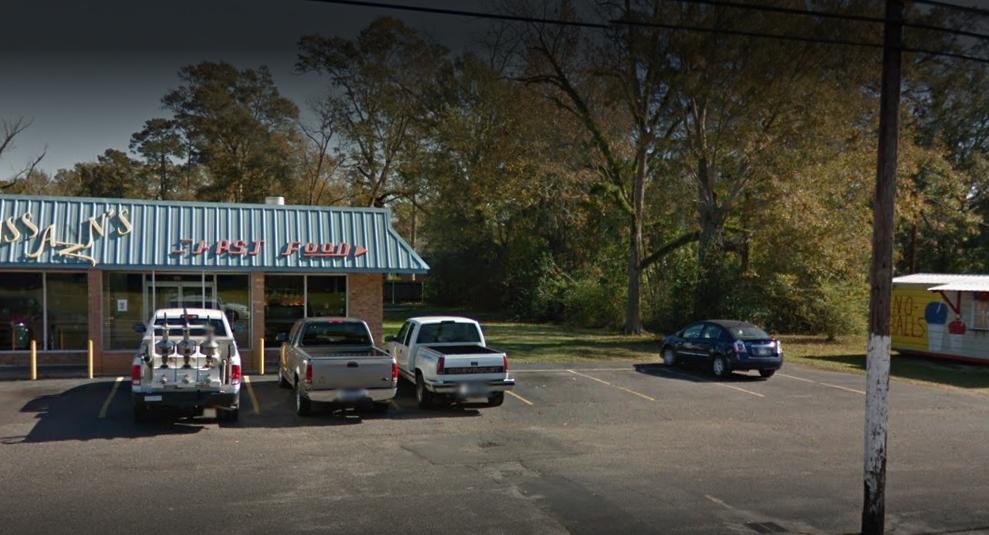 Miss Ann's Fast Foods , 401 S 1st St, Amite City, Louisiana