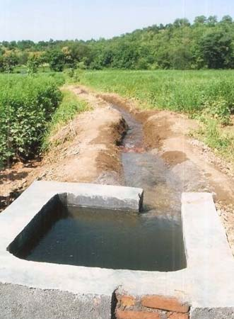 Phad water management system