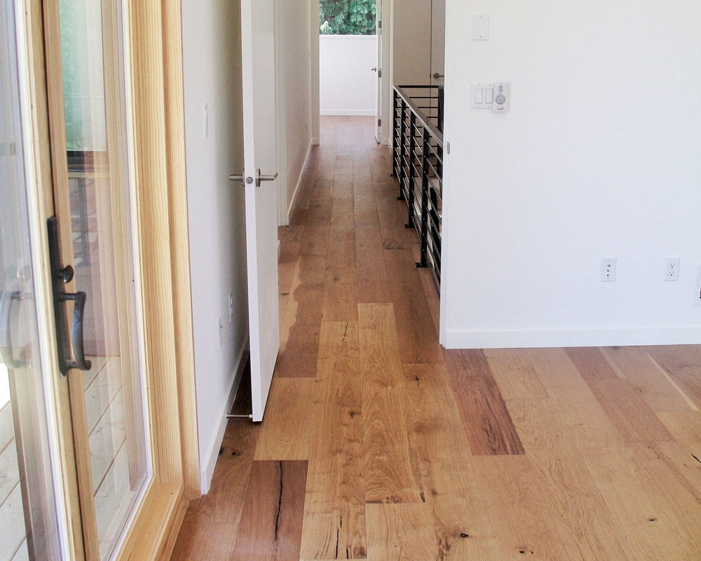 Laminate flooring for sale in Portland by Divine Hardwood & Stone