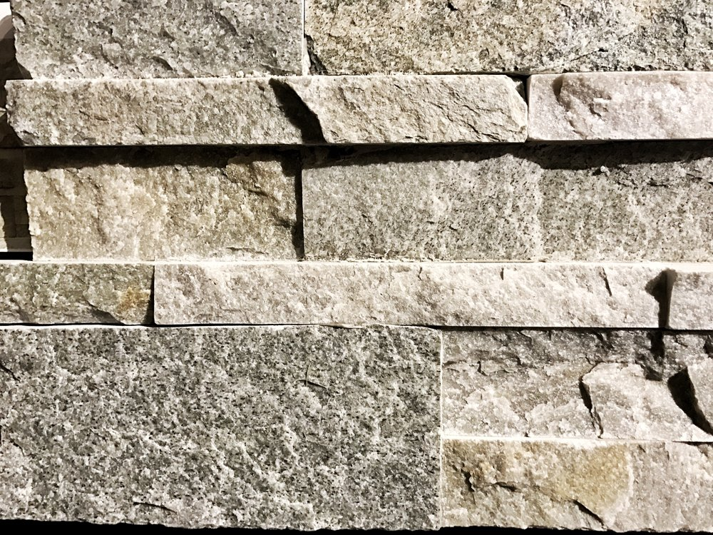 stone veneer backsplash