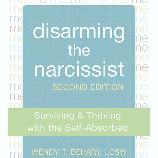 About to spend the holidays with that one toxic relative? This book might be for you. Therapist recommended for a less fraught, more peaceful, better-boundaried Christmas. #disarmingthenarcissist #selfhelp #youcandoit #selflove #selfcare #boundariesarehealthy