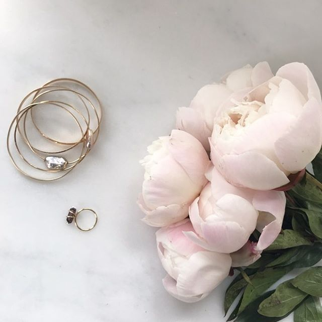 Spring is here 💕 It might be time for a jewelry refresh... #banglestack #peoniesbouquet #pinktourmaline #diamonds💎 #beachjewelry #lovestone #friendshipstones #pearlsforintuition