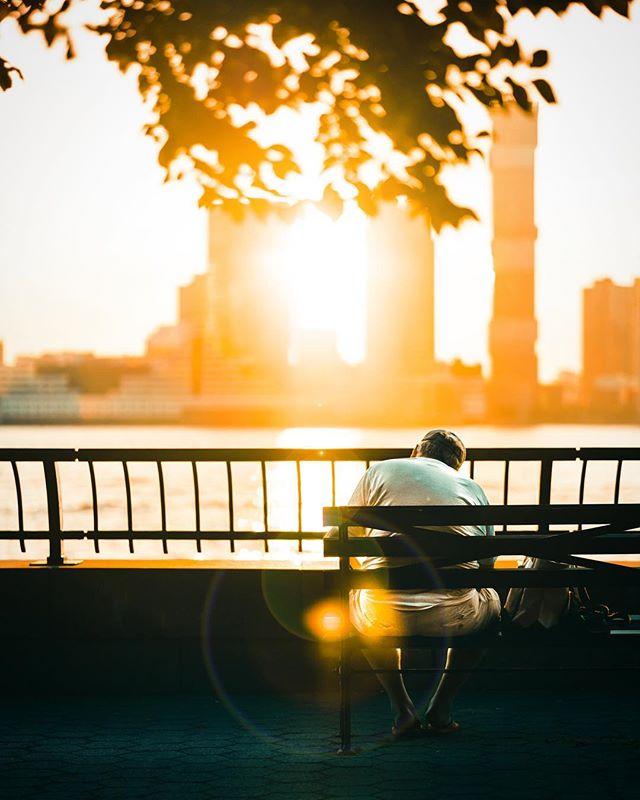 F R I D A Z E ____________________________________ #agameoftones #ig_masterpiece #ig_exquisite #ig_shotz #global_hotshotz #superhubs #main_vision #master_shots #exclusive_shots #hubs_united #jaw_dropping_shotz #worldshotz #theworldshotz #pixel_ig #photographyislifee #photographyislife #photographysouls #photographyeveryday #photographylover #worldbestgram #iglobal_photographers #ig_great_pics #ig_myshot #justgoshoot #xposuremag #collectivelycreate #heatercentral #highsnobiety #shotzdelight #sunsets