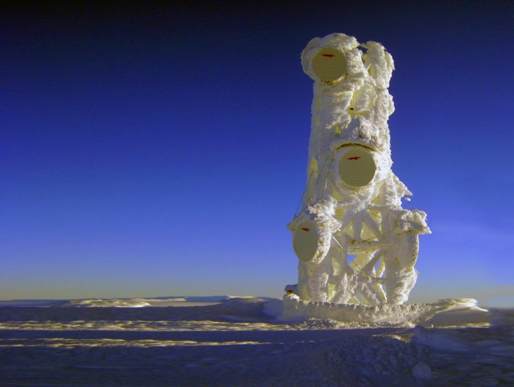 GCI - Tower in ice