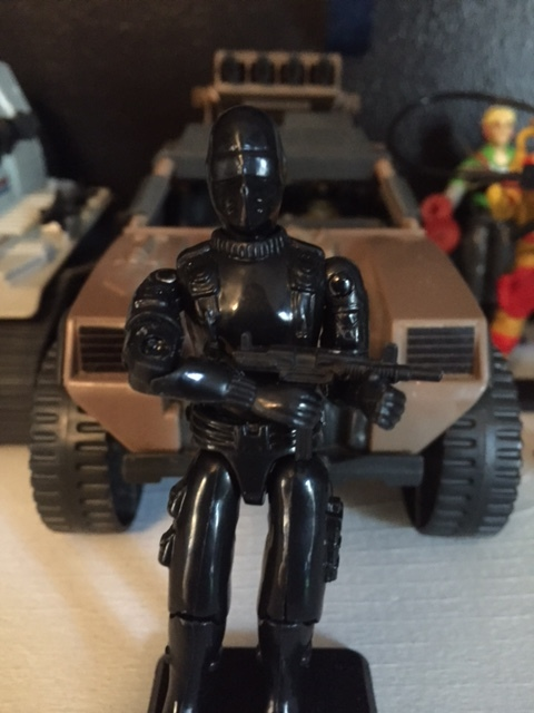 1983 G.I. Joe Commando action figure code name: Snake Eyes (UZI machine gun is not original gun)