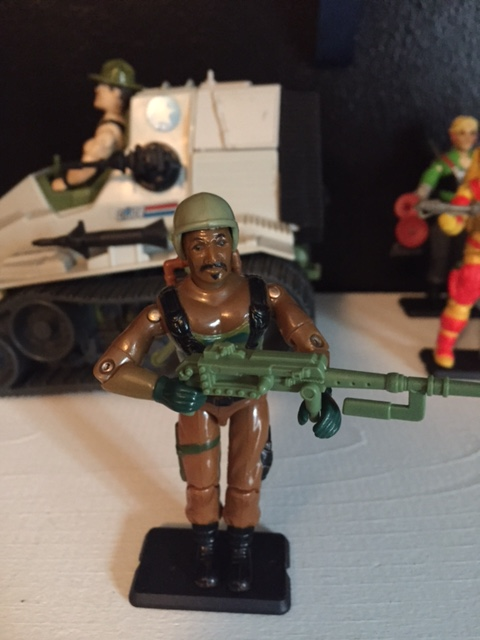 The only criticism I'll give to the 1984 G.I. Joe Roadblock action figure is the facial expression.  there's something about his eyebrows that portrays more of surprise than of toughness.
