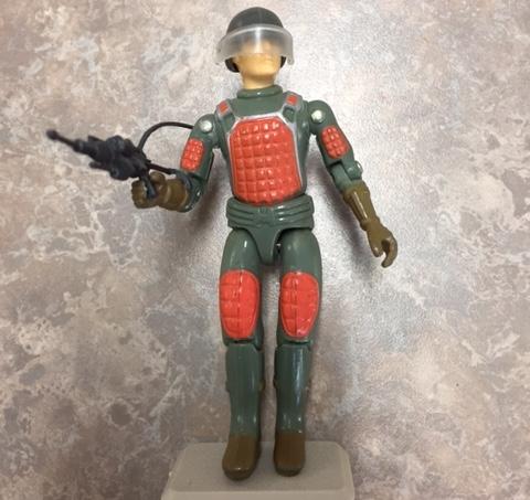 1982 G.i. Joe straight arm laser rifle trooper. code name: flash