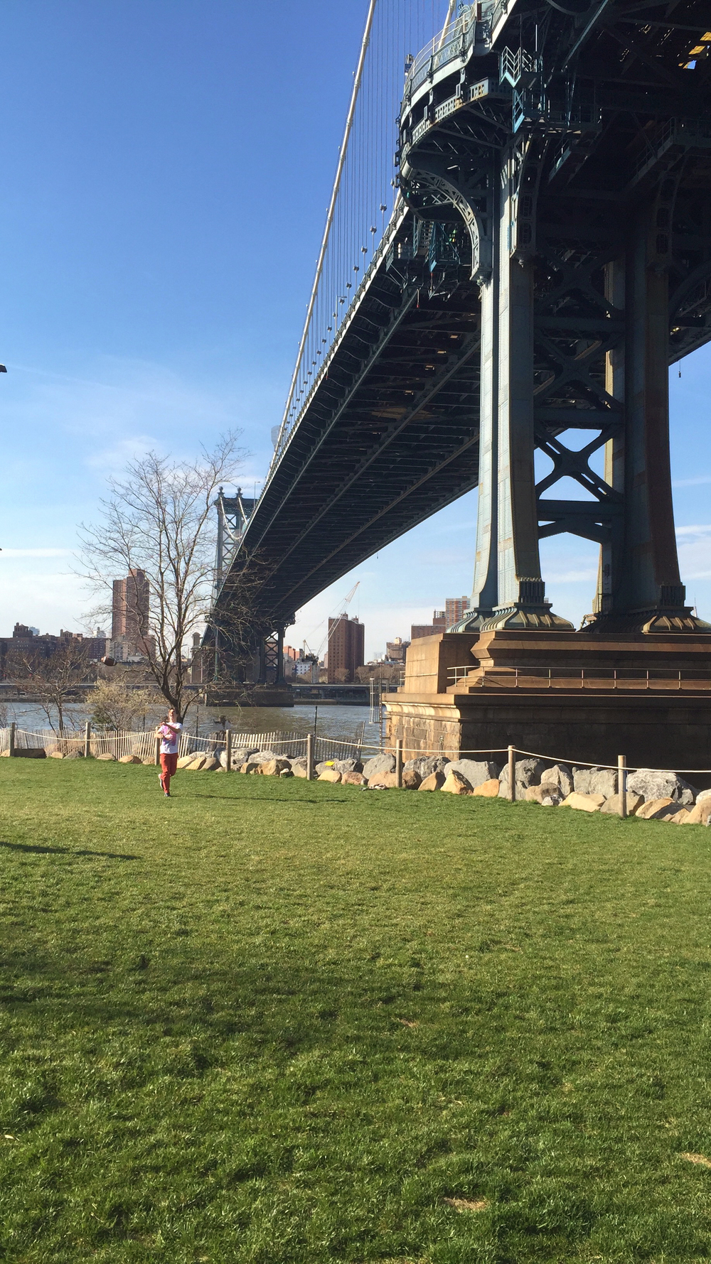Looking across the span of the Manhattan Bridge from inside Brooklyn Bridge Park in DUMBO - April 10, 2016