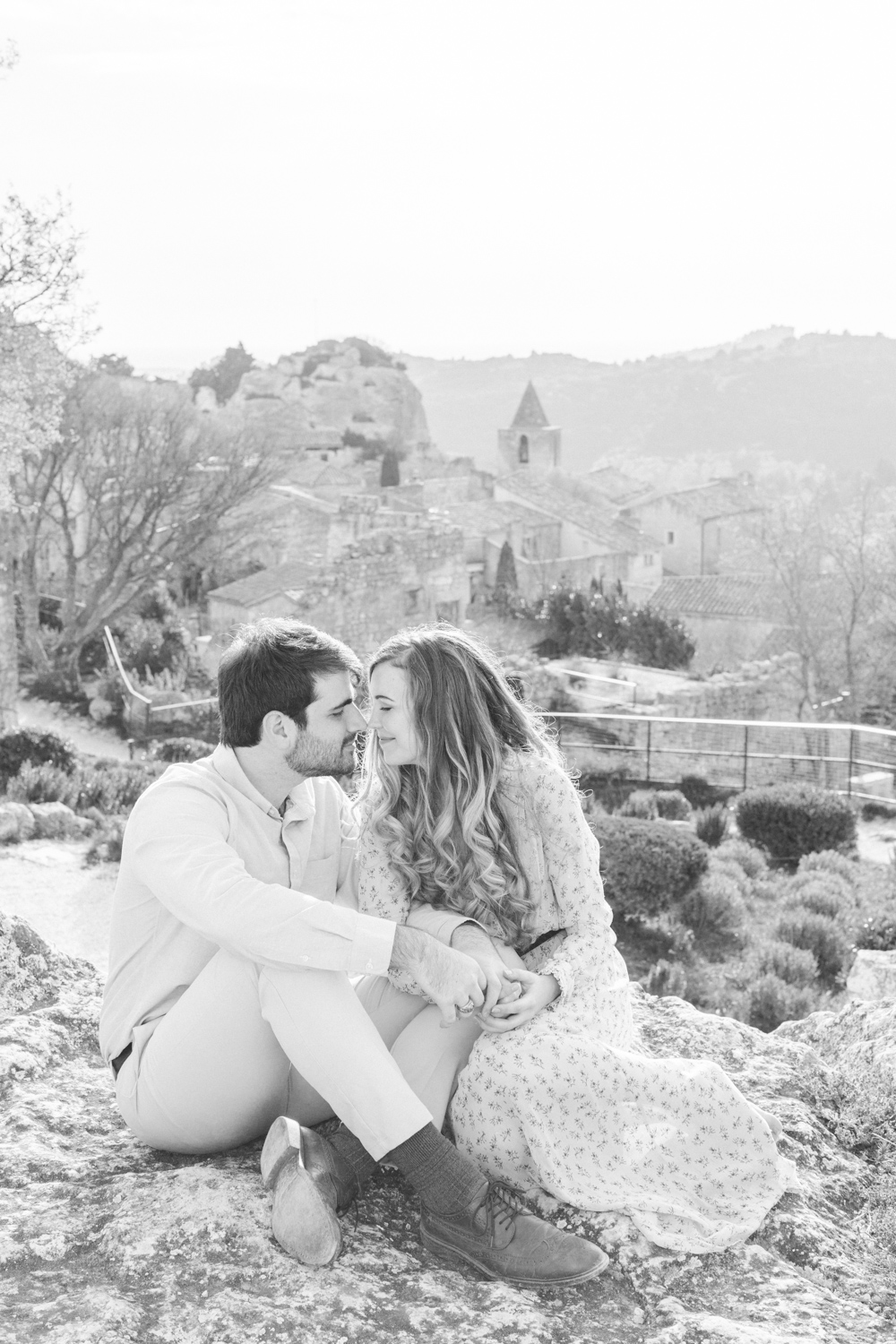 Chateau-des-Baux-de-Provence-Engagement-Session-10.jpg