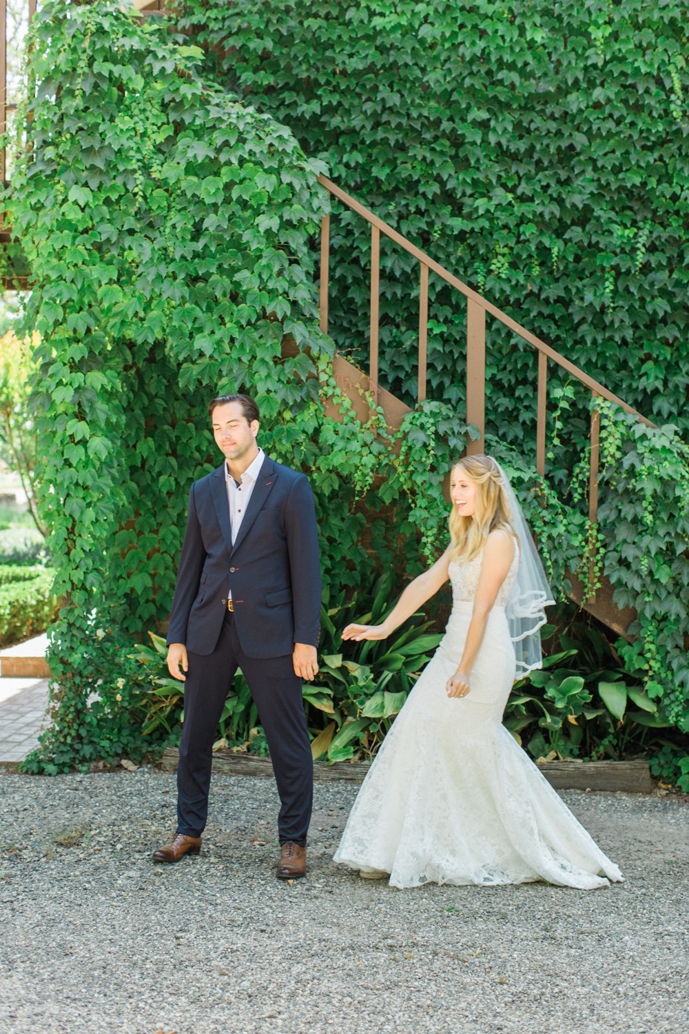 Relaxed and Colorful Ojai Ranch Wedding-7.jpg