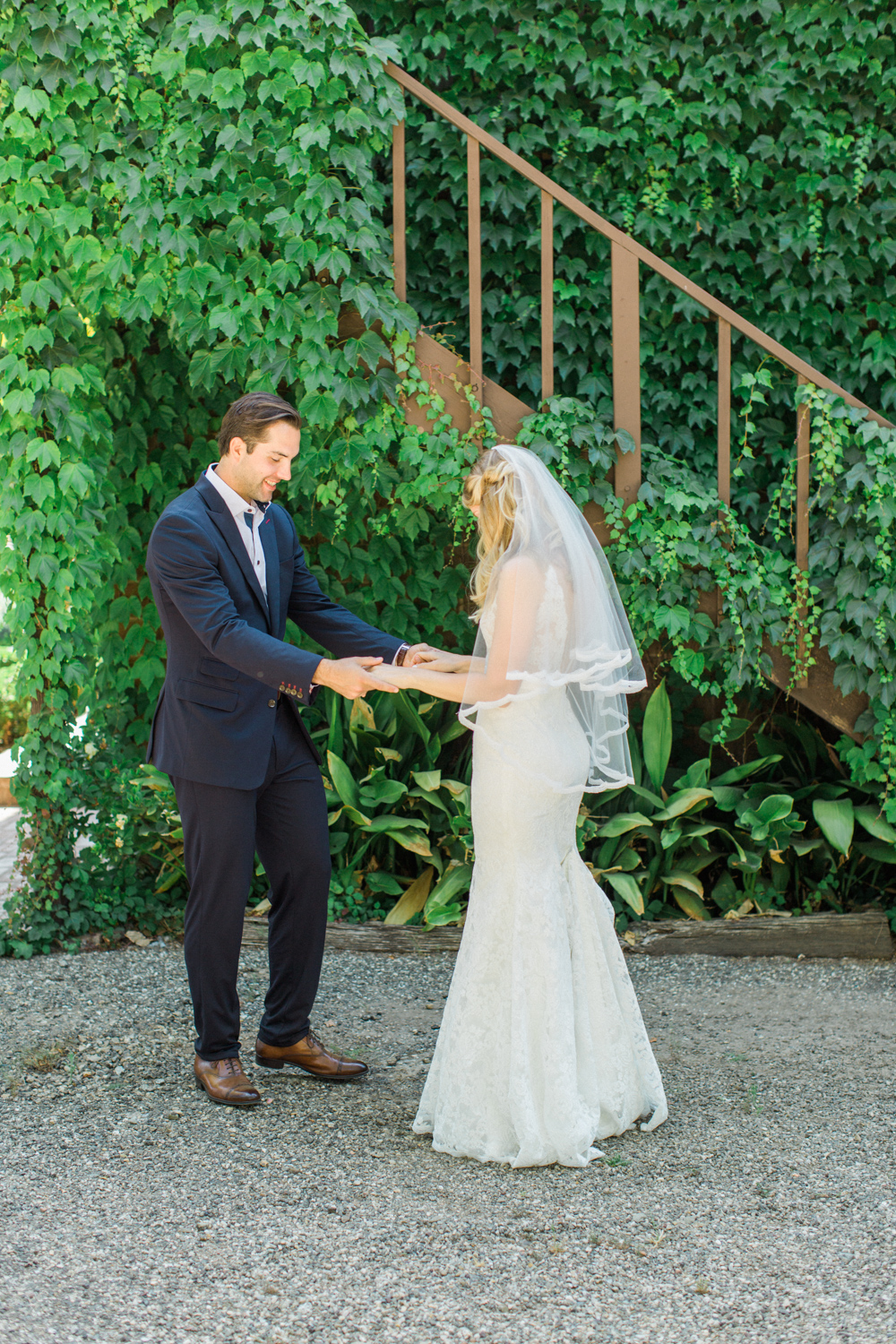 Relaxed and Colorful Ojai Ranch Wedding-9.jpg