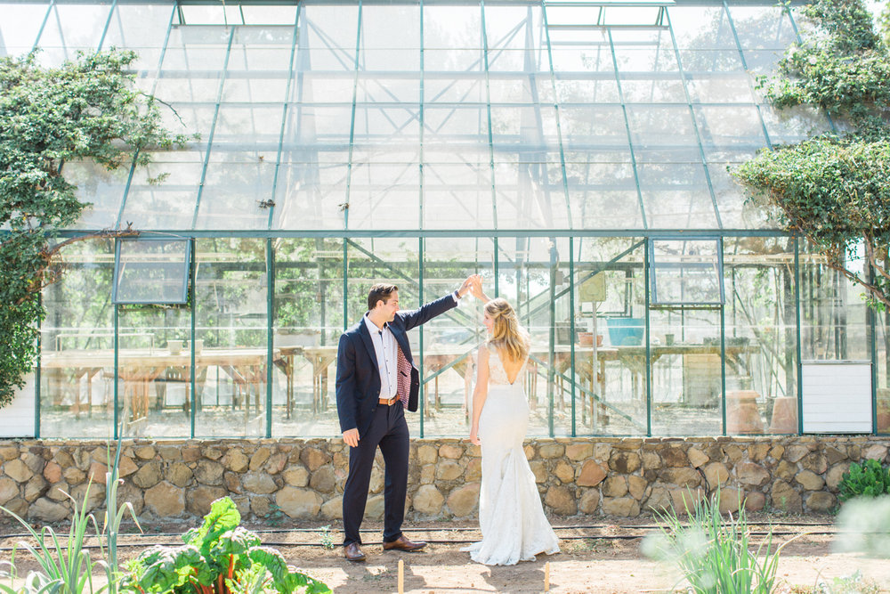 Relaxed and Colorful Ojai Ranch Wedding-13.jpg