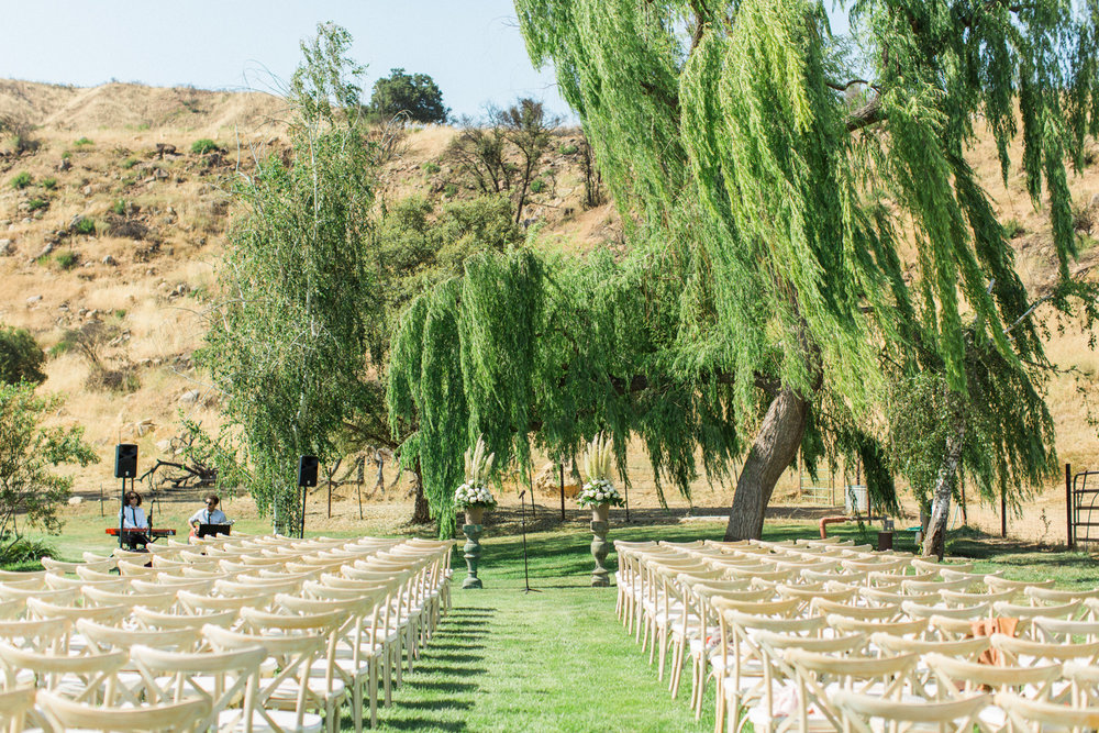 Relaxed and Colorful Ojai Ranch Wedding-17.jpg