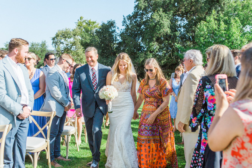 Relaxed and Colorful Ojai Ranch Wedding-18.jpg