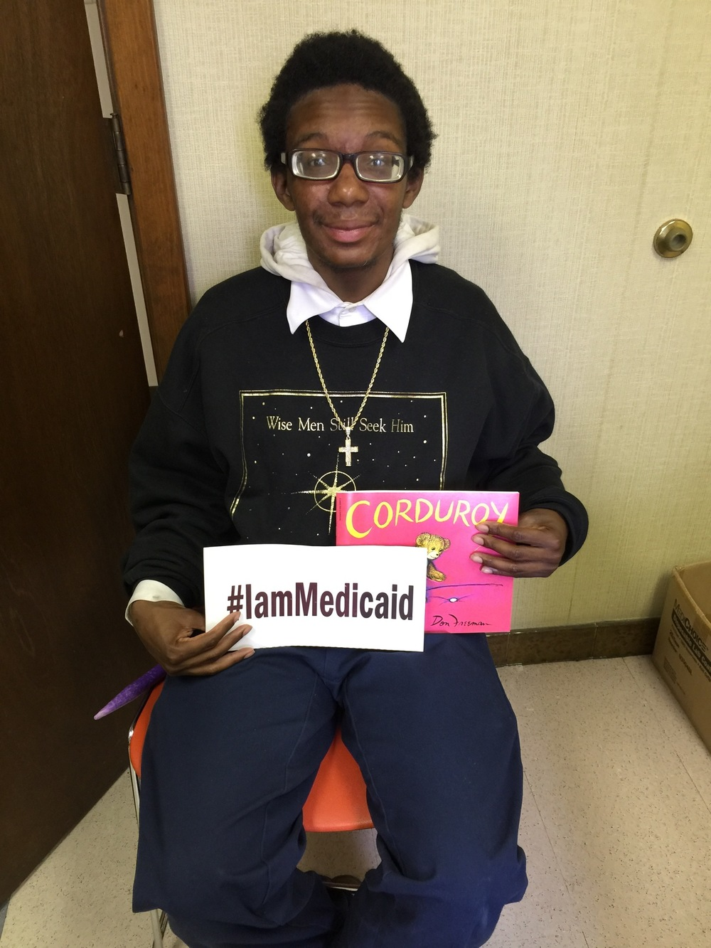 I have autism. I like to read to my nephew age 2. Blue Cross and Medicaid help me so I can do that. Thanks! ‪#‎IamMedicaid