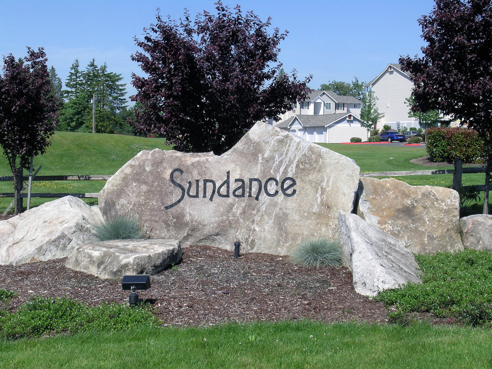 sundance-apartments-entrance.jpg
