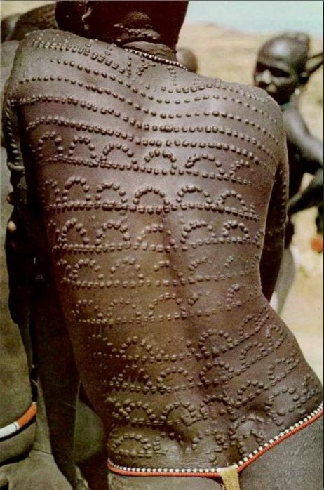 This was the image i came across years prior to getting the wax print. This image was captured in Sudan. Sudan is another region that possessed an ancient writing symbols known as the Meroitic Script. If you want to study further, check out studies on the Kingdom of Kush
