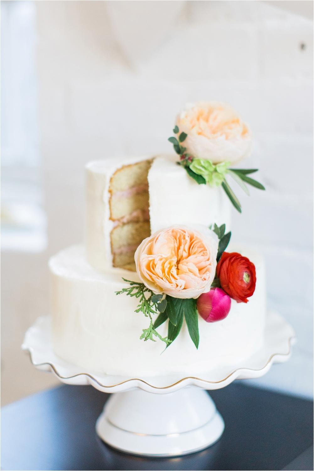 Grand Rapids, MI Bride and Groom Cutting Cake