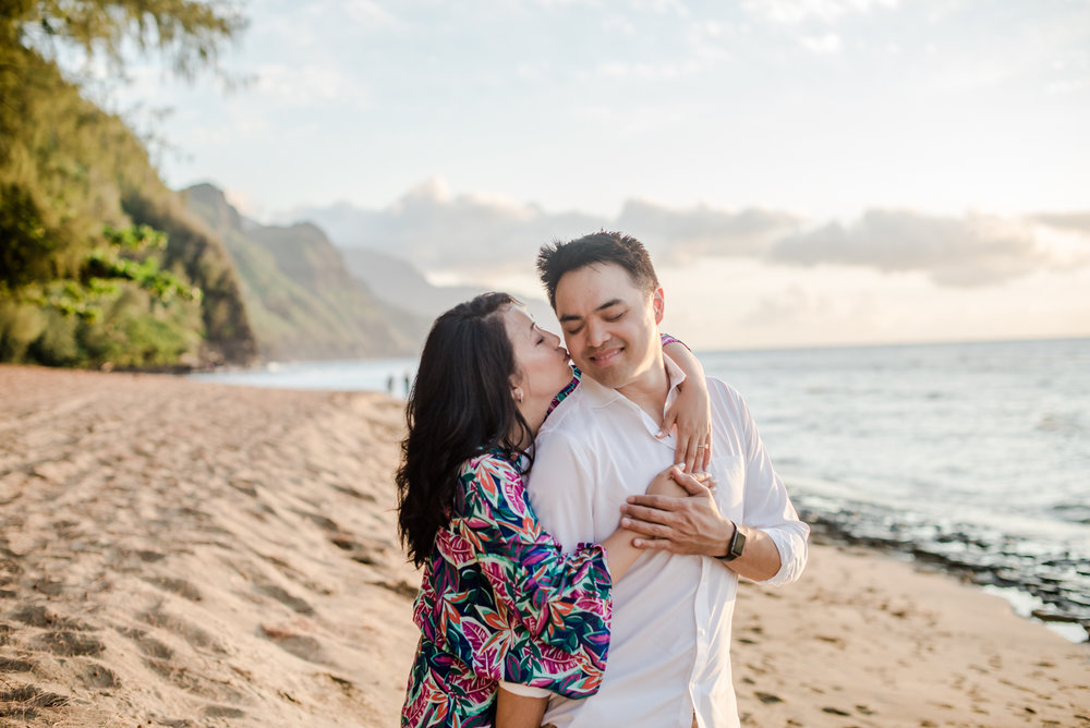170820pureakua0014.kauai.proposal.jpg
