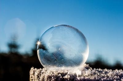 frozen-bubble-1943224_640.jpg