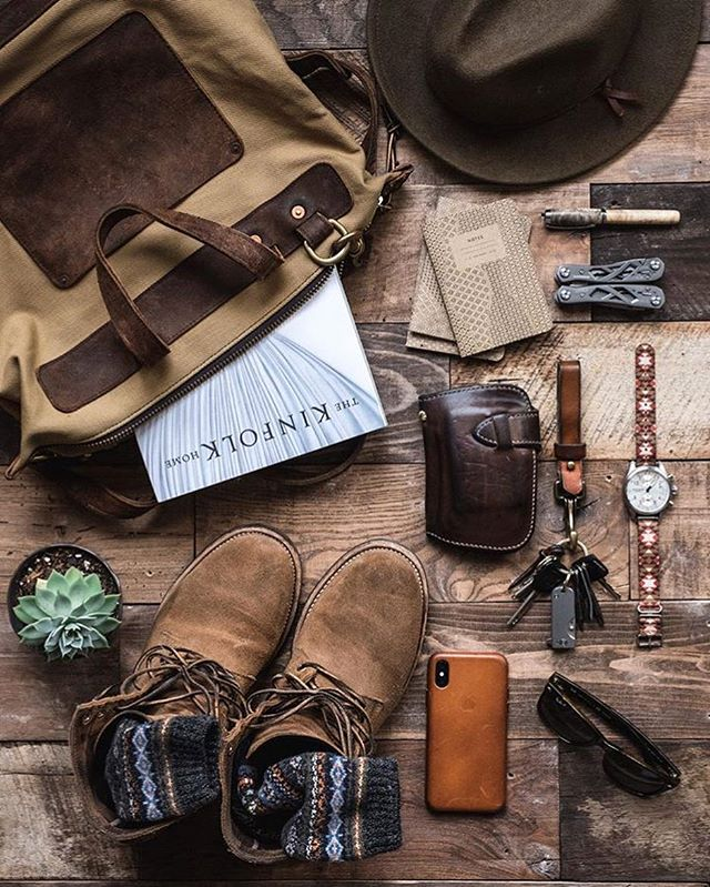 Our good buddy Brent @whaleysworld never fails to put together some of the best gear in the world. We're always humbled to be a part of the lineup. Check out the awesome patina Brent's got on his Kaizen Mid Wallet in Natty CXL 😵