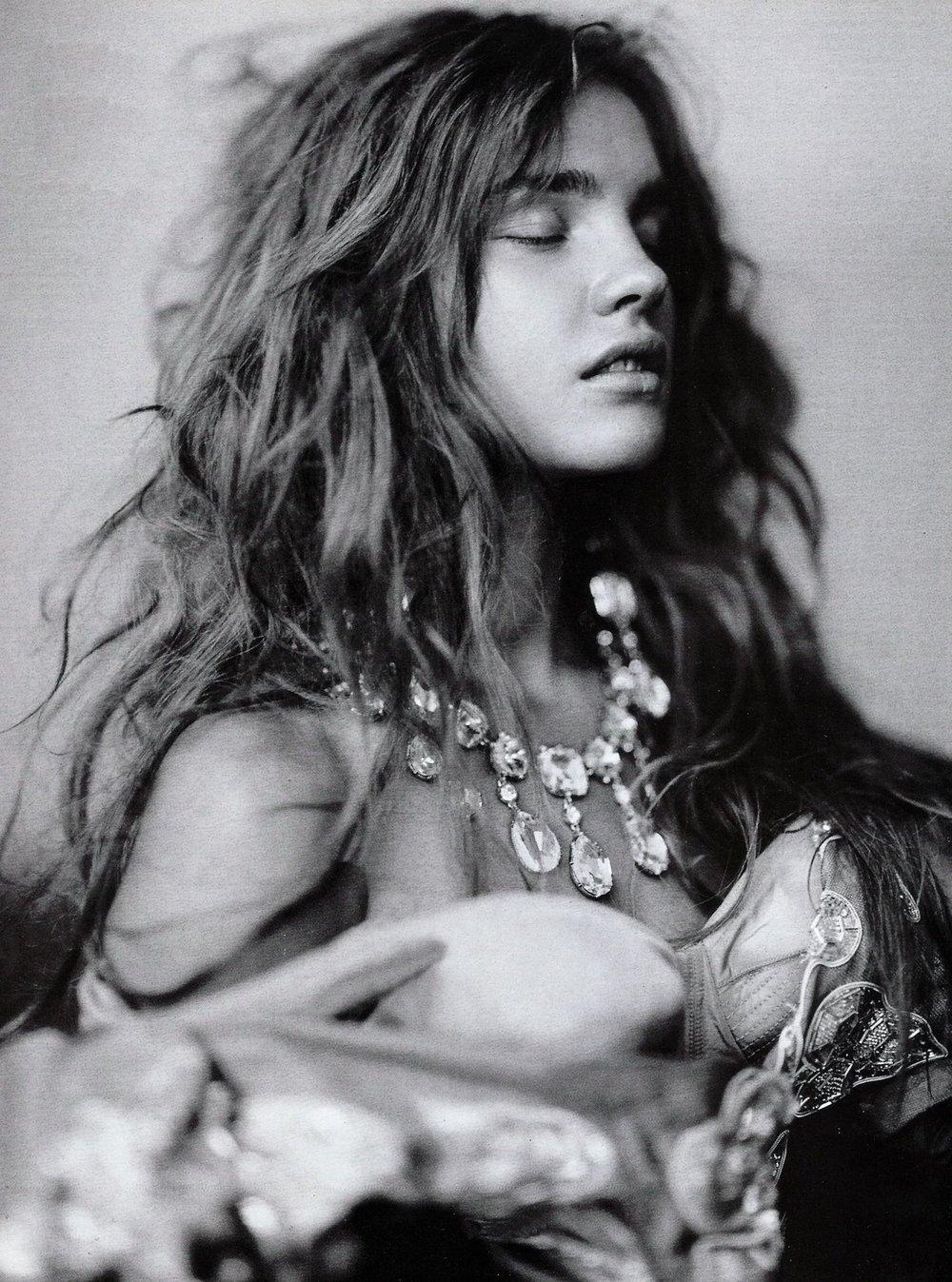 Natalia Vodianova by Paolo Roversi for Vogue Italia, September 2004