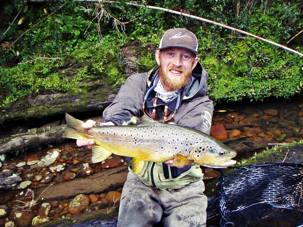 Fly Fishing Chile | Chile Fly Fishing | Fly Fishing Guide Chile | Patagonia Trout Adventures |
