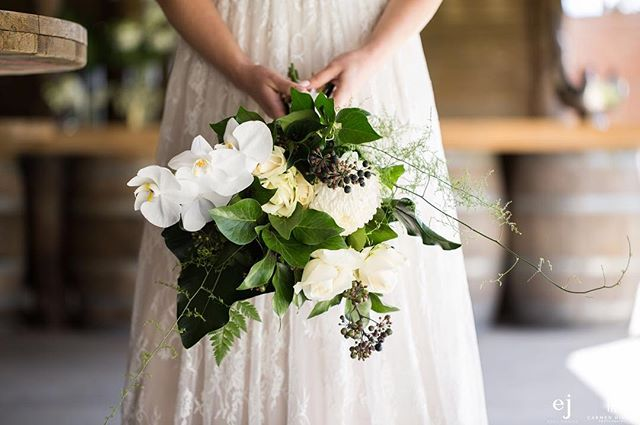 F R I D A Y | Some sweet bouquet inspiration for you  by @withlovebespokestyling - fresh, green with pops of romantic soft white + those orchids 😍❤️ . . . #weddingplanner #wedding #bouquet #blooms #engaged #flowers #weddingflowers #orchids #roses #florals #bride #weddingdress #gorgeous #styledshoot