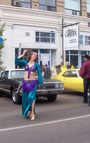 Saskatoon Cruise Weekend, street entertainment