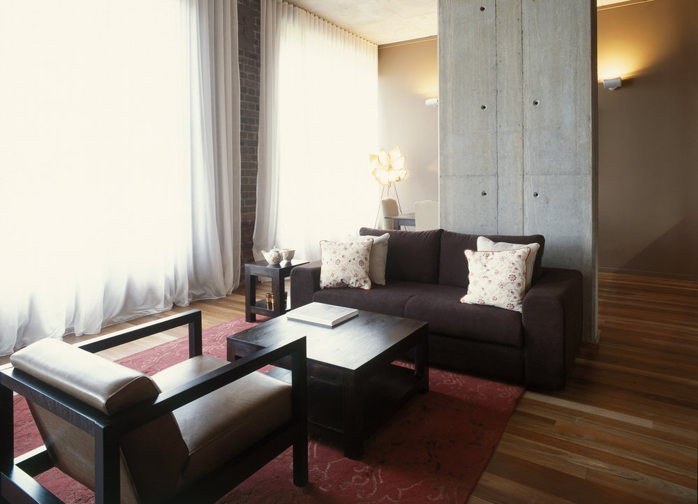 lounge window apt.1.jpg