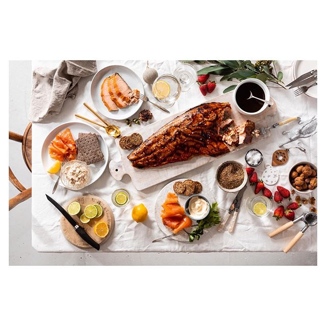 A Christmas flat lay for @huonsalmon. Styled beautifully by @_michellecrawford. These type of shoots are always a favourite. Salmon for weeks! You can order it from their online store too. #huonsalmon #salmon #tasmania #christmasfood #flatlay
