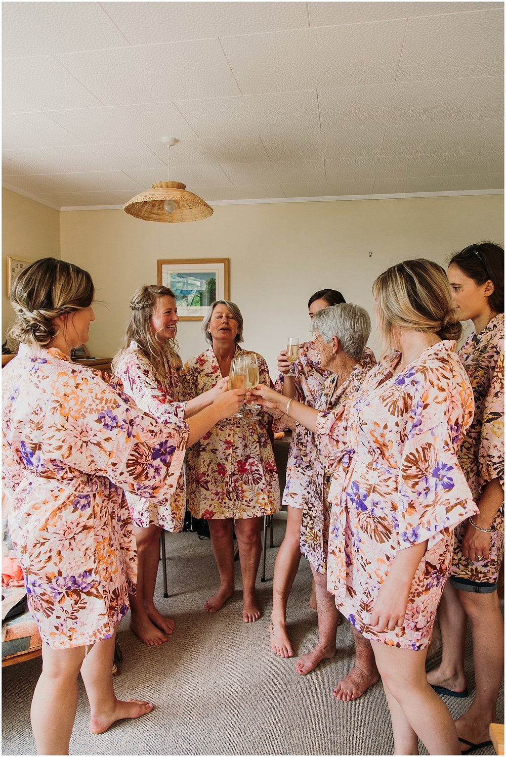 Wedding party Getting Ready - Carmen Peter Photography
