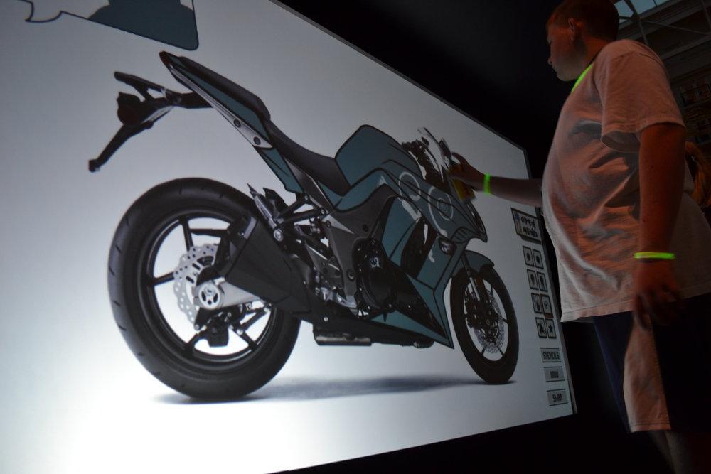 kawasaki-design-a-bike_6243430651_o_28911917380_o.jpg