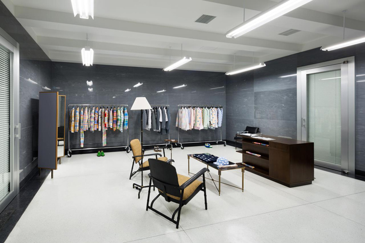 Japanese-Retail-Interior-Design.jpg