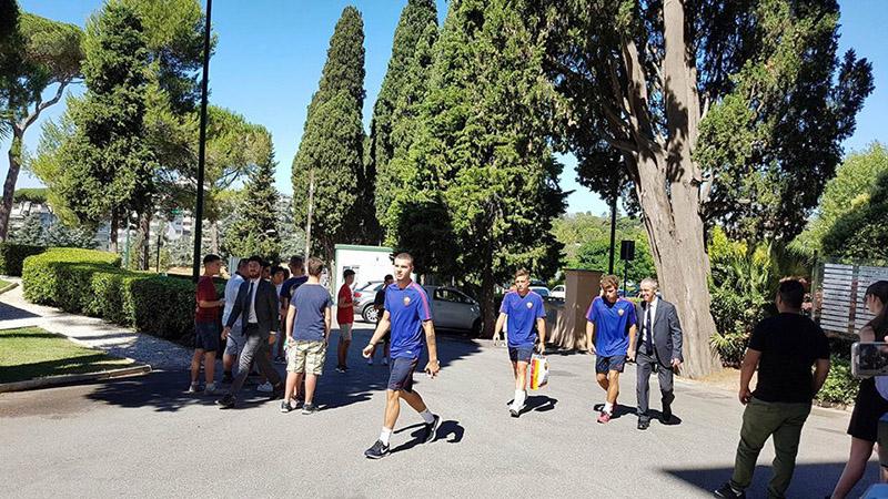 4-roma-giocatori-a-villa-stuart-per-le-visite-mediche-top-physio-specialist.jpg