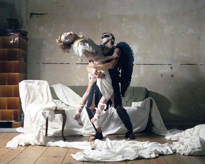 Die Zeit entführt die Schönheit 2, 2006