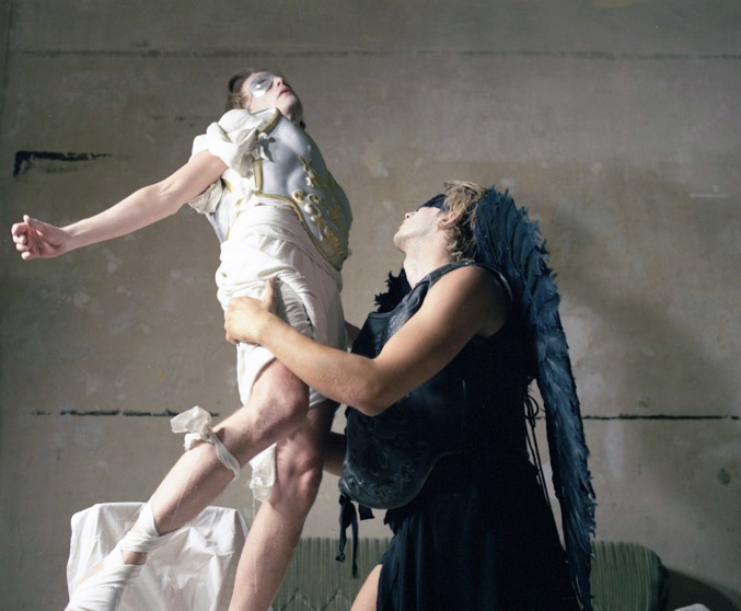 Die Zeit entführt die Schönheit 3, 2006
