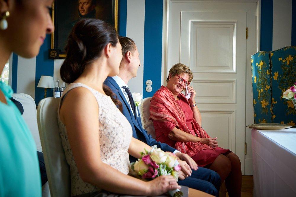 bruidsfotografie-duitsland-schloss Hertefeld-weeze-trouwreportage-260A.jpg