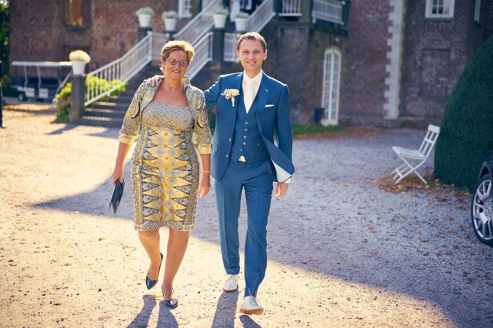 bruidsfotografie-duitsland-schloss Hertefeld-weeze-trouwreportage-275A.jpg