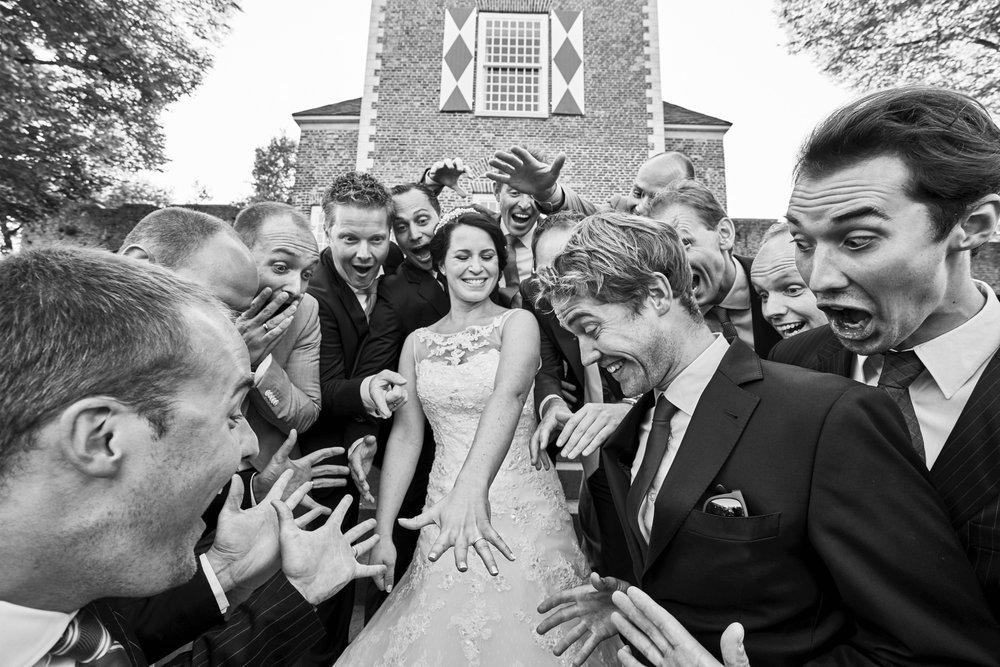 bruidsfotografie-duitsland-schloss Hertefeld-weeze-trouwreportage-286A.jpg