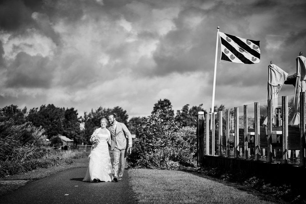 trouwshoot-bruidsfotografie-trouwfoto-feestfotografie-Akke-Rogier-09.jpg