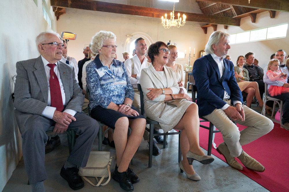 trouwshoot-bruidsfotografie-trouwfoto-feestfotografie-Akke-Rogier-16.jpg