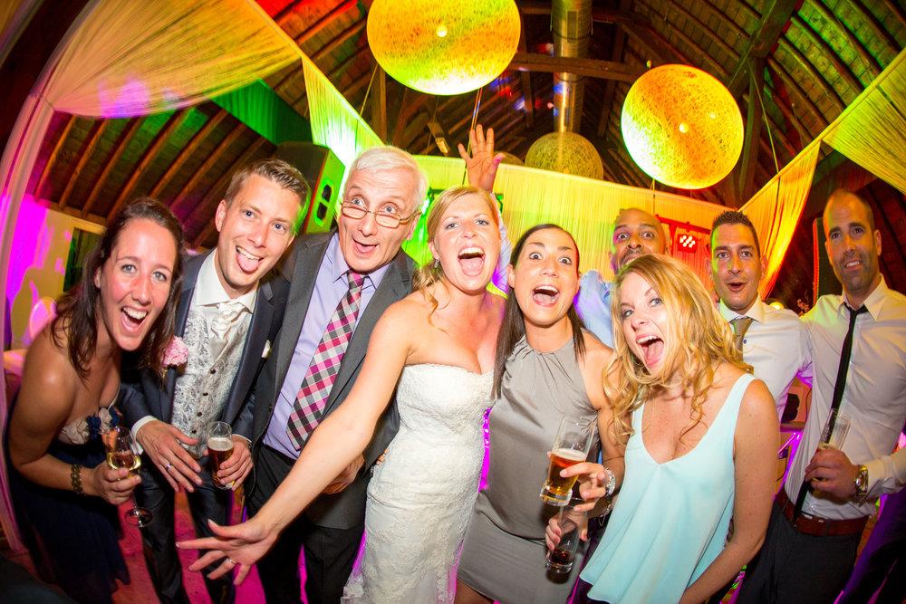 trouwshoot-bruidsfotografie-trouwfoto-feestfotografie-Nienke en Vincent-110.jpg