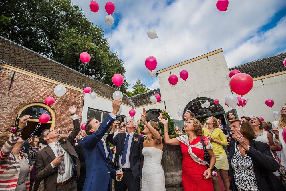 trouwshoot-bruidsfotografie-trouwfoto-feestfotografie-wannes en karin-211.jpg