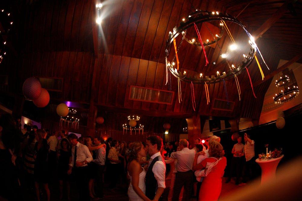 trouwshoot-bruidsfotografie-trouwfoto-feestfotografie-wannes en karin-1194.jpg